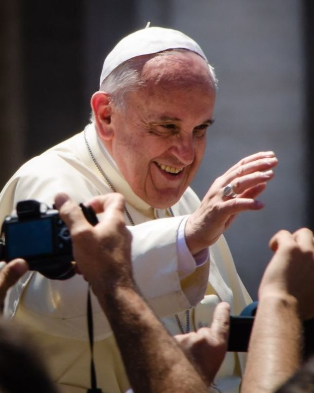 Pope Francis Falls Over During Mass  Promo Image