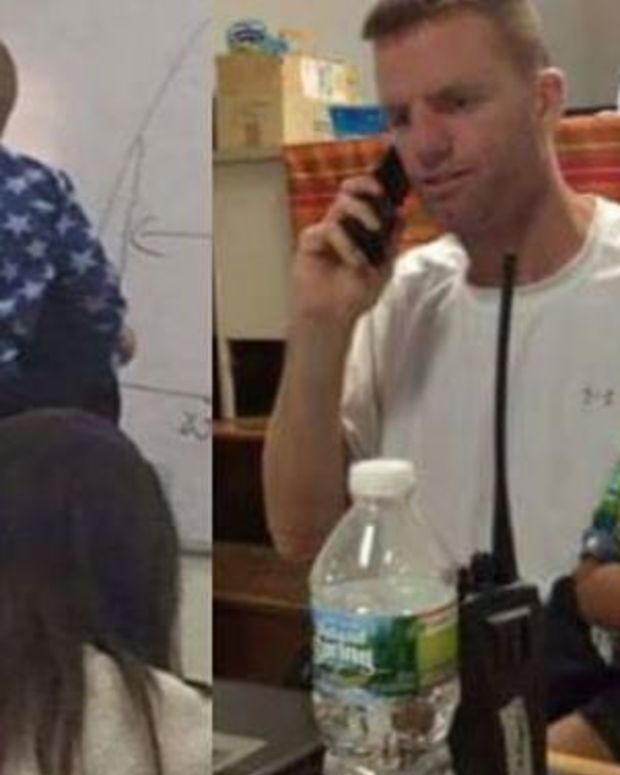 Student Takes Picture Of Teacher While He's Not Looking, Pic Immediately Goes Viral (Photo) Promo Image