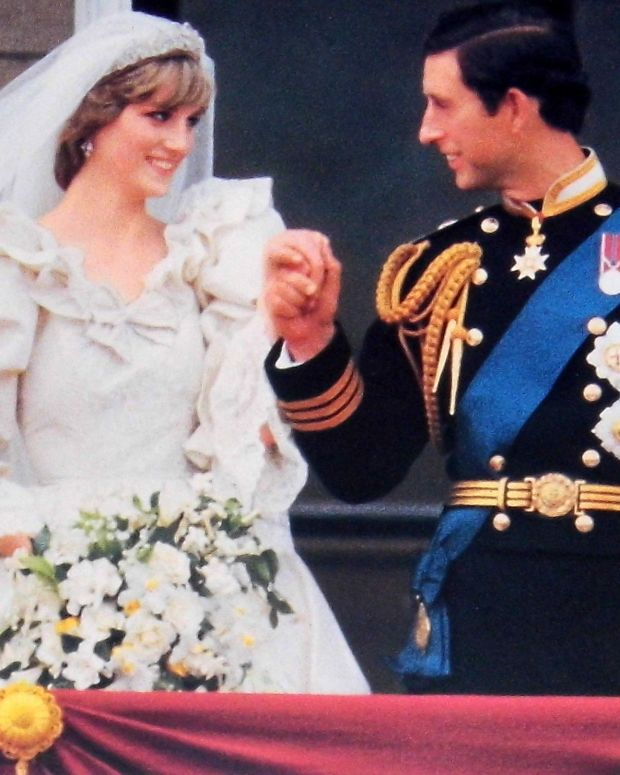 Prince Charles, Princess Diana Images Spark Controversy (Photos) Promo Image