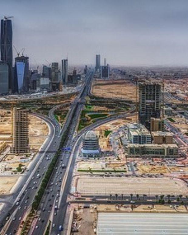 Saudi Arabia Changes to 'Western' Calendar Promo Image