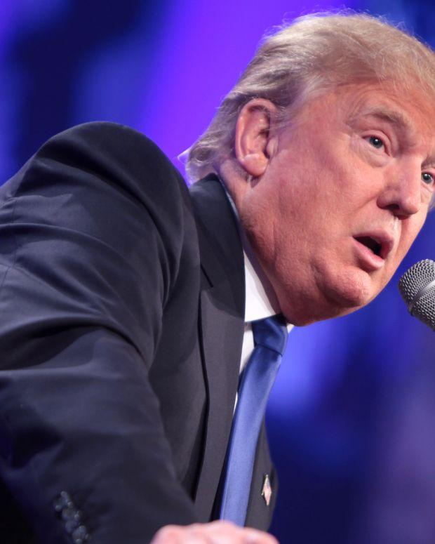 Controversial Breitbart Chief To Head Trump Campaign Promo Image