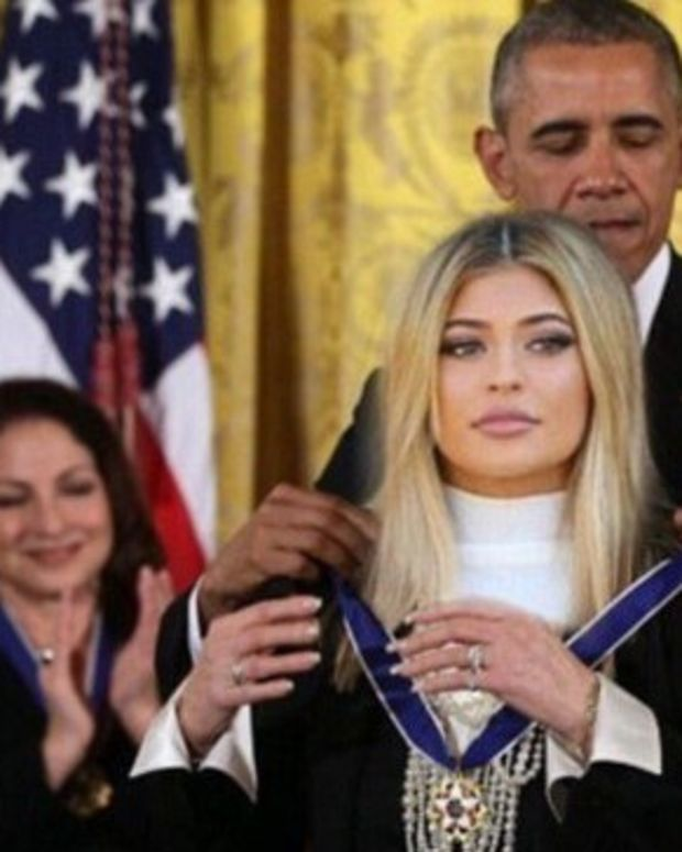 Did Obama Give Kylie Jenner A Medal Of Freedom? Promo Image