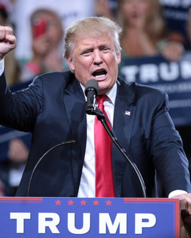 Trump: Sanders 'Sold Out' With Clinton Endorsement Promo Image