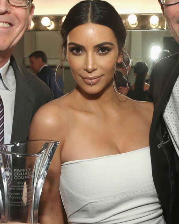 Kim Kardashian Joins Kris And Caitlyn Jenner Feud Promo Image
