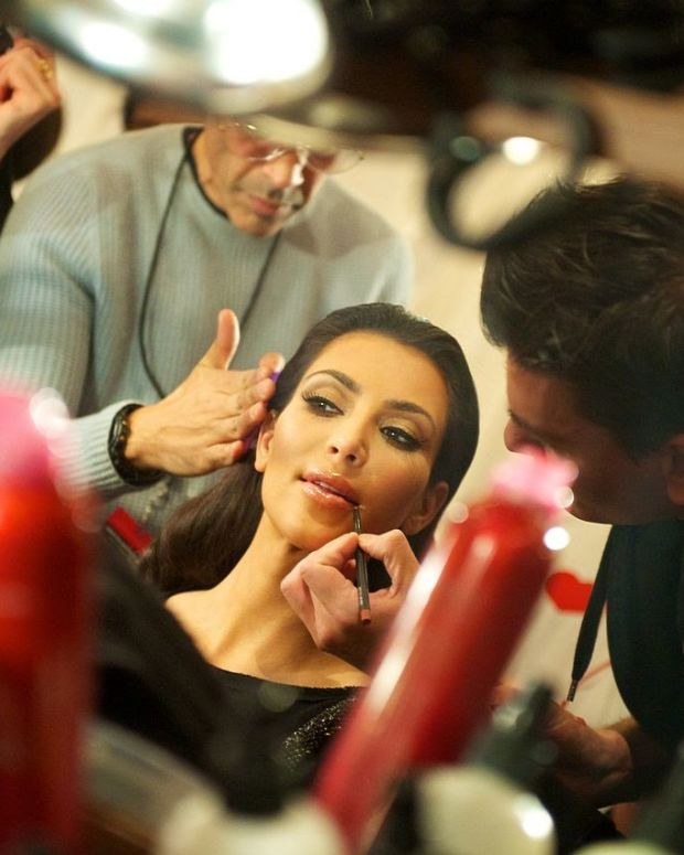 New Pictures Of Kim Kardashian Spark Debate (Photos) Promo Image