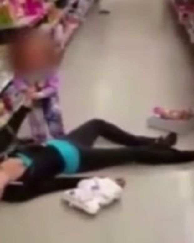 Little Girl Tries To Wake Up Overdosed Mom (Video) Promo Image