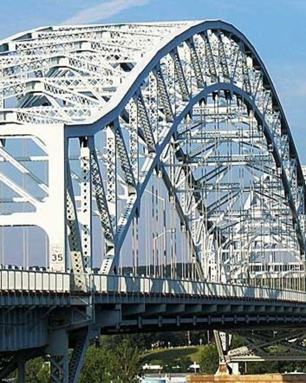 Dad Who Threw Infant Off Bridge Gets 70 Years (Photo) Promo Image