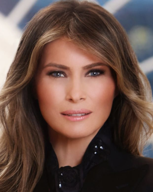 Melania Refuses To Hold Donald's Hand Again (Video) Promo Image
