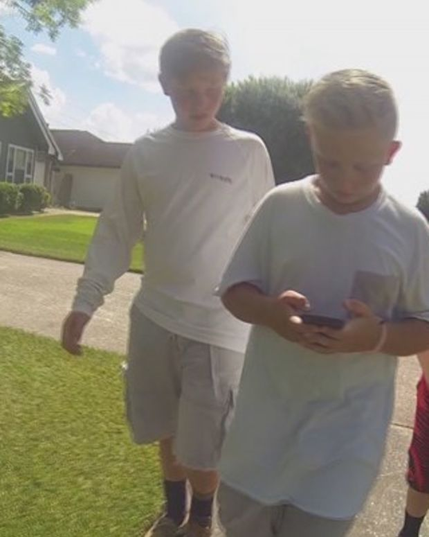 Pokemon Go Users Catch Lost Toddler (Video) Promo Image