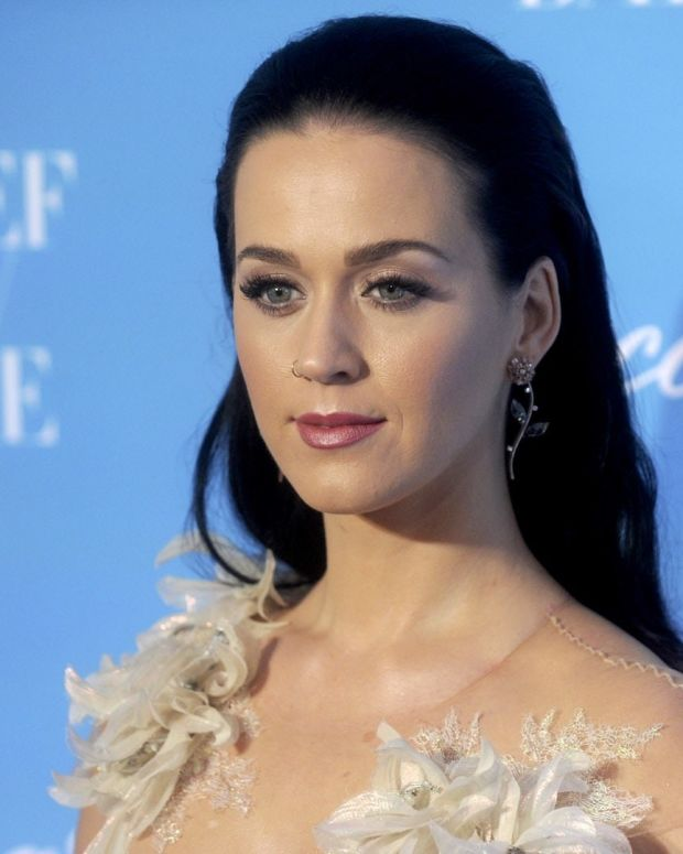 Katy Perry Gets Political At Grammys (Photos) Promo Image