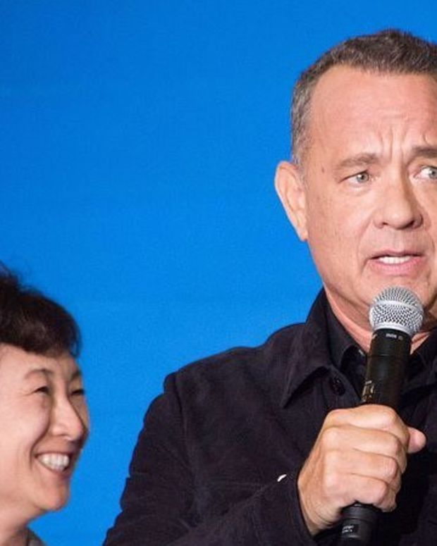 Tom Hanks Says He Got 'Screwed' On Trip With Obamas (Video) Promo Image