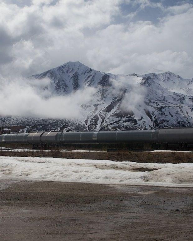 Large Oklahoma Oil Pipeline Shut Down Promo Image