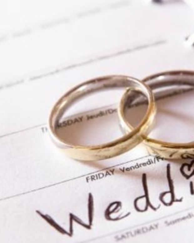 Here's The Letter A Bride Gave To Her Abusive Parents After They Demanded An Invite To Her Wedding (Photo) Promo Image