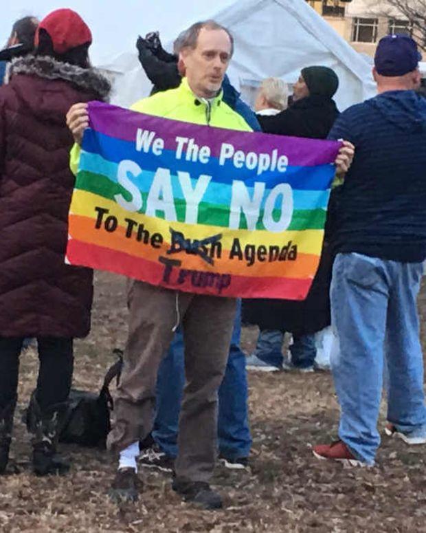 DC Cops Pepper Spray Anti-Trump Protesters In Clash   Promo Image
