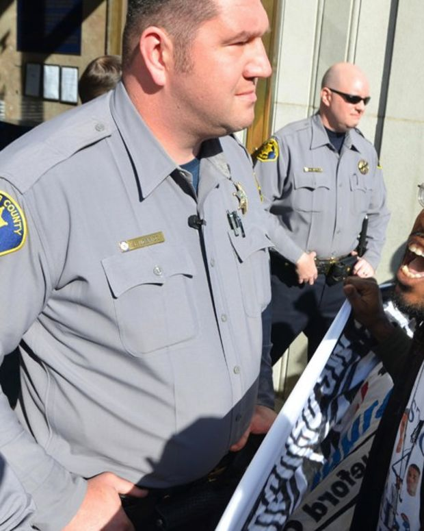 Activists: Cops Told Mom To Give Up Video To Drop Charges (Video) Promo Image