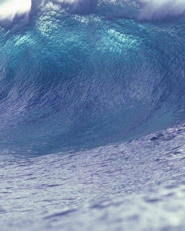 Tsunami Alert For West Coast After Massive Earthquake Promo Image