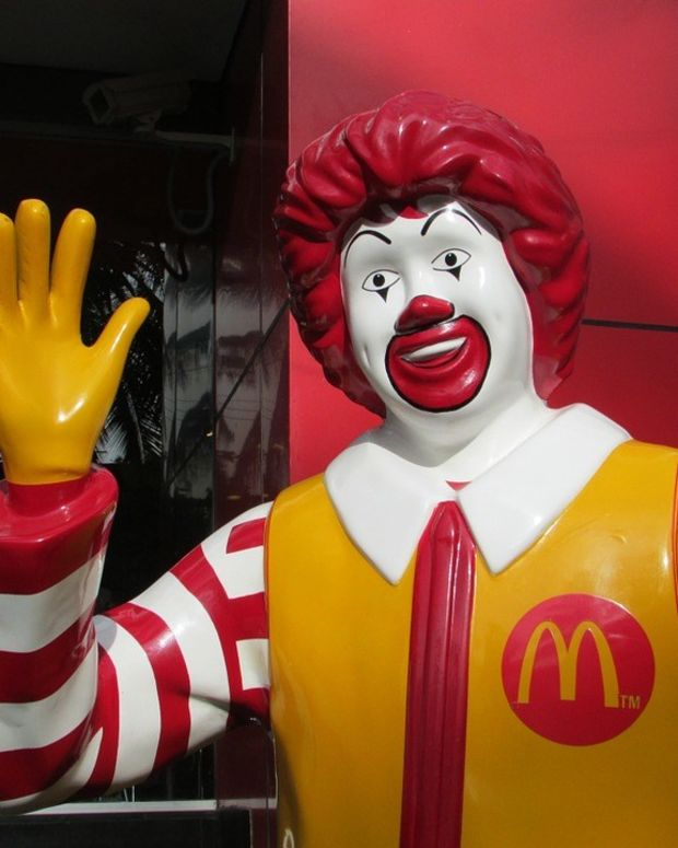 McDonald's Ice Cream Machine Pictures Go Viral, Employee Fired (Photos) Promo Image