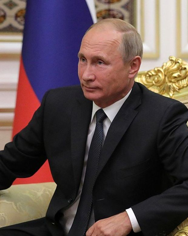 Russia: Putin Will Meet With Trump During Asia Trip Promo Image