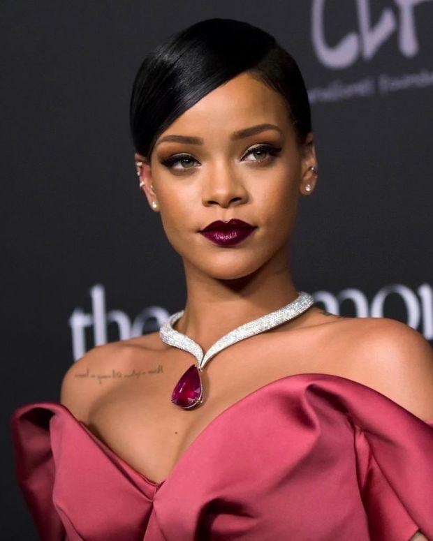 Rihanna Wants Justice For Teen Who Shot Rapist Promo Image