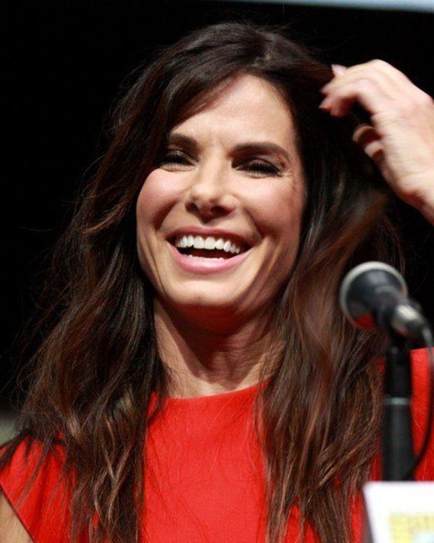 Sandra Bullock Donates $1M To Harvey Victims Promo Image