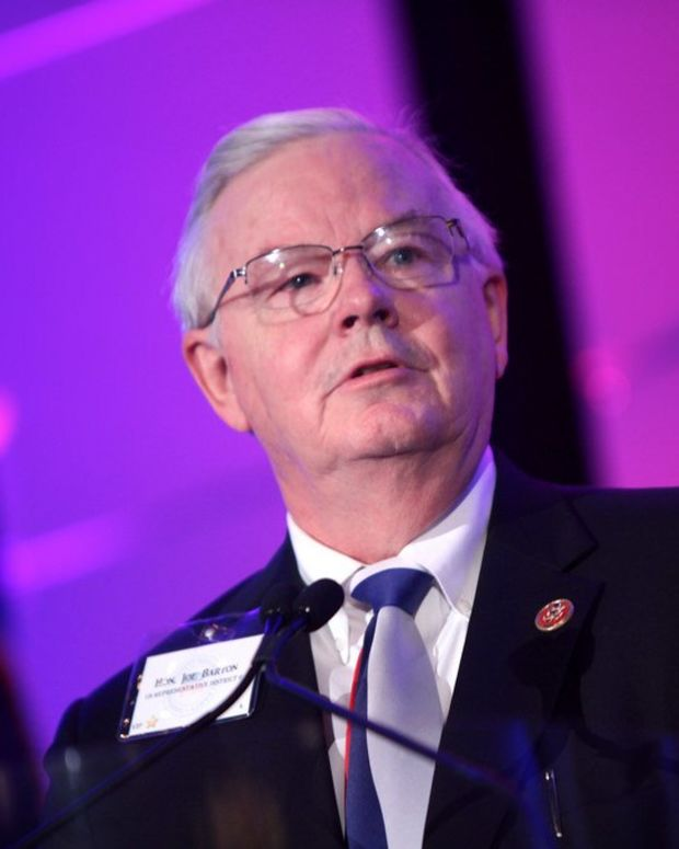 Woman Reveals Sexual Messages From Joe Barton Promo Image