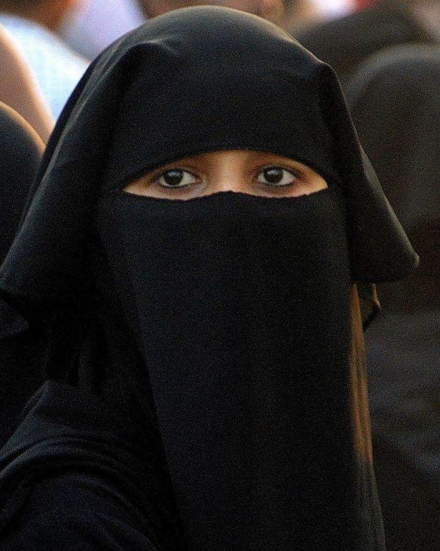 Saudi Arabia Lifts Ban On Women Drivers Promo Image