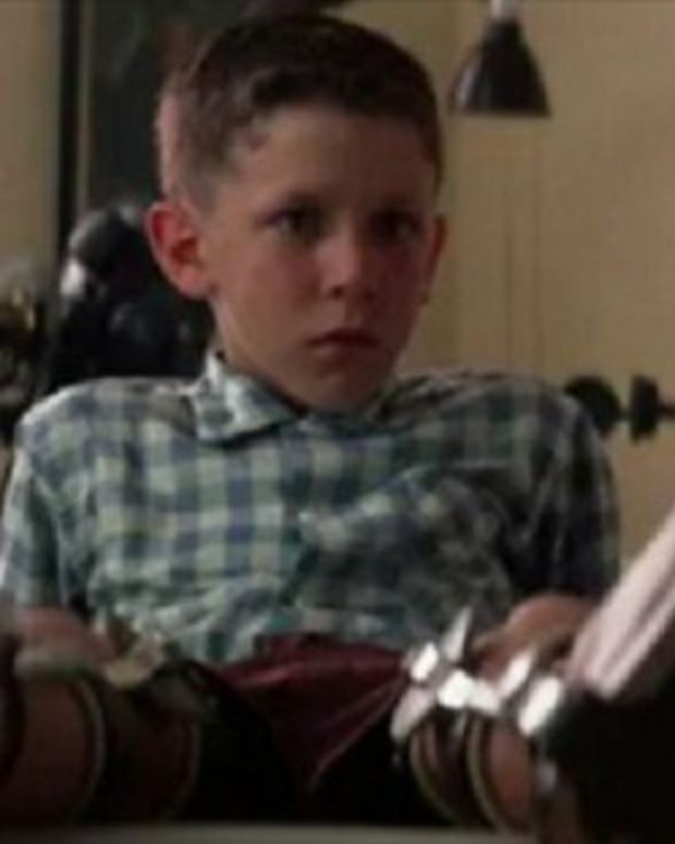 This Is What The Boy Who Played 'Young Forrest Gump' Looks Like Now (Photos) Promo Image