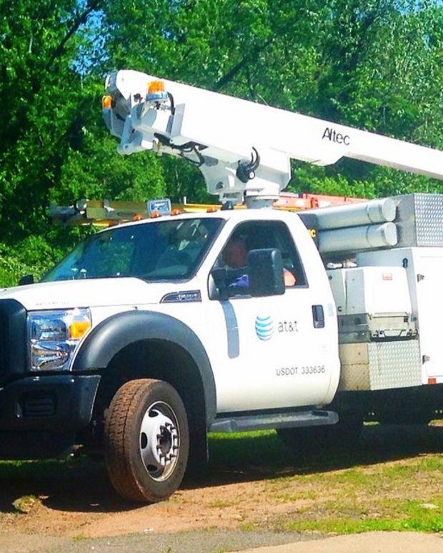 Florida Man Shoots Up AT&T Utility Trucks (Video) Promo Image