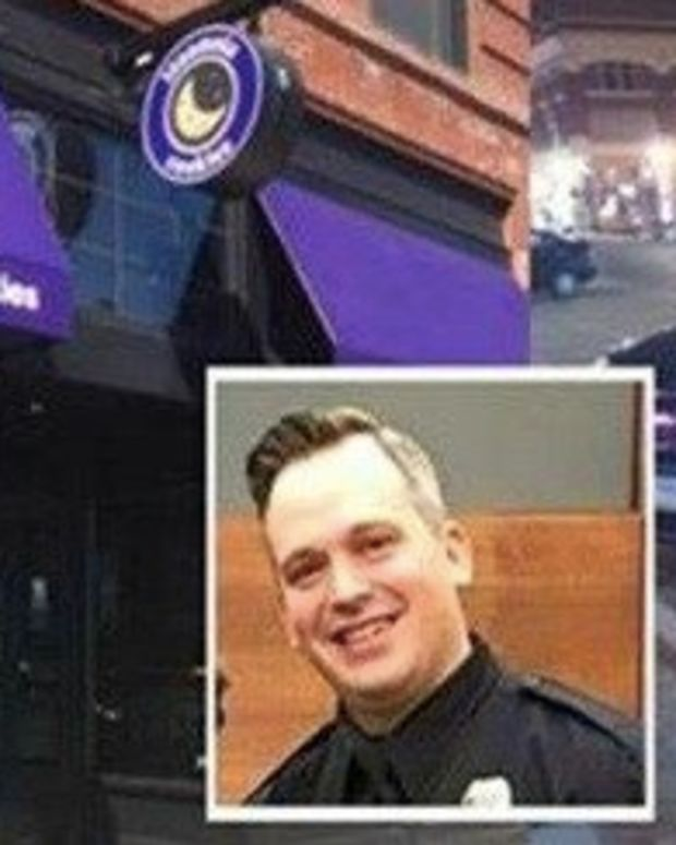 Bakery Worker Calls Cop A 'Pig', Immediately Regrets It When She Sees Who Heard Promo Image