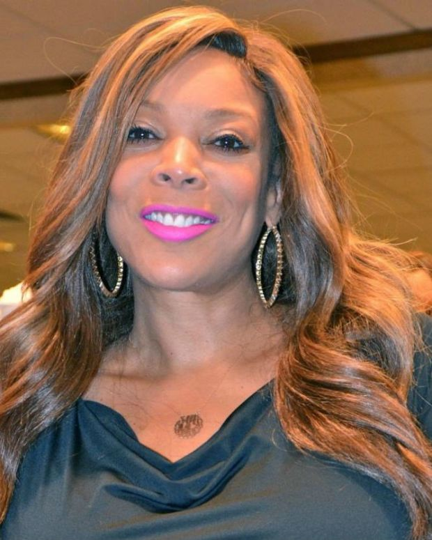 Wendy Williams Passes Out During Show (Video) Promo Image
