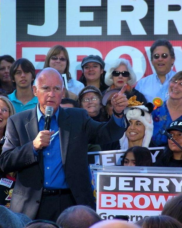 California Governor Criticizes Trump On Climate Change Promo Image