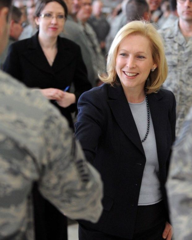 Sen. Kirsten Gillibrand Says Trump Should Resign Promo Image