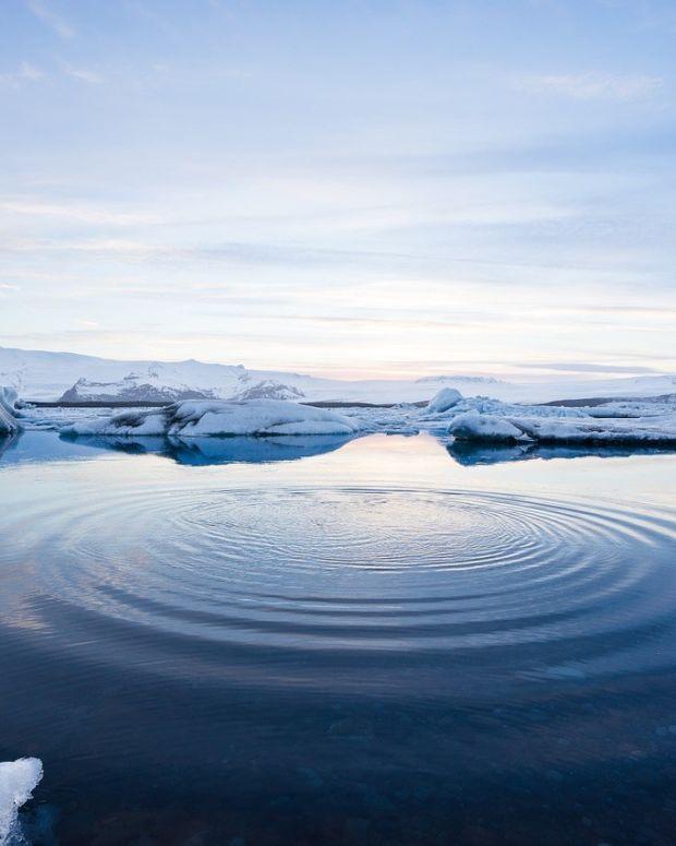 Obama 'Permanently' Bans Atlantic, Arctic Seas Drilling Promo Image