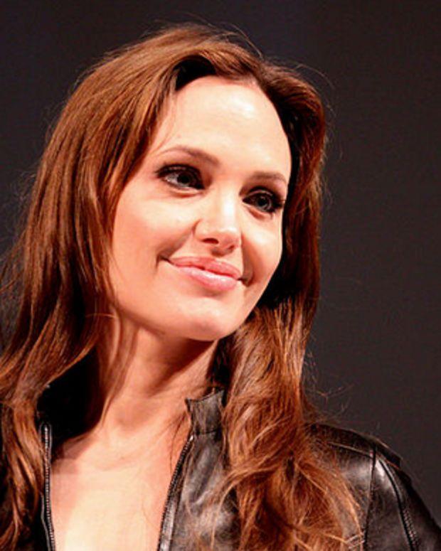Angelina Jolie Pitt.
