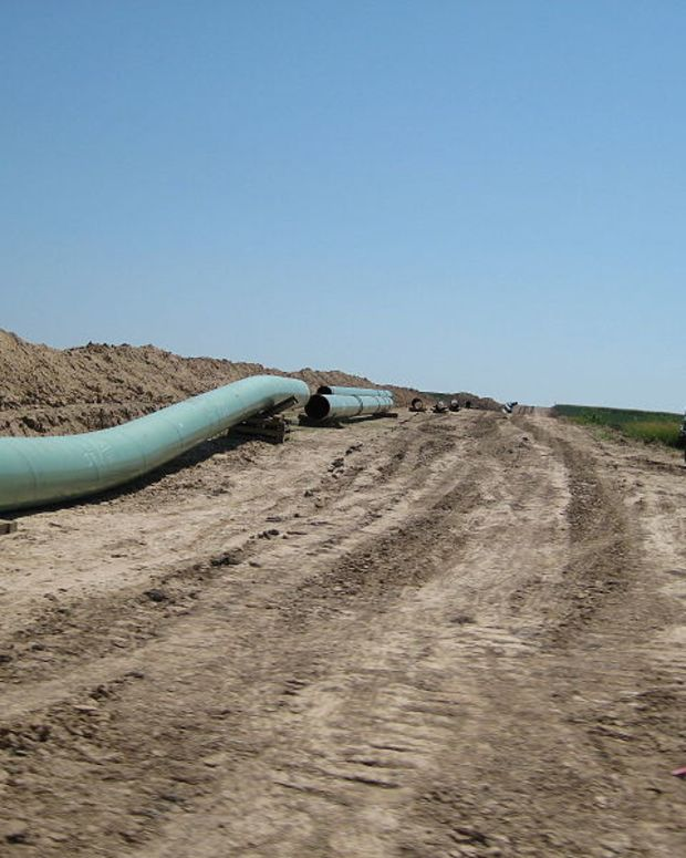 Keystone XL Pipeline Runs Into Financial Issues Promo Image