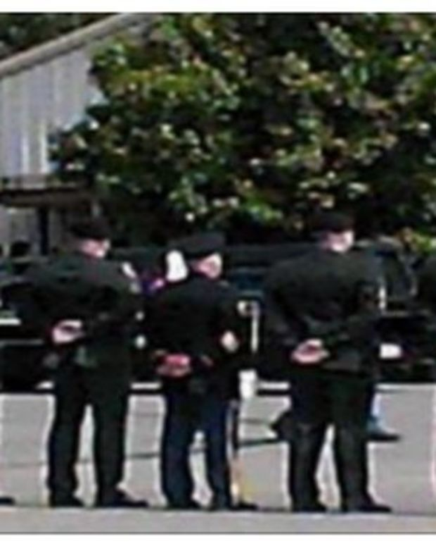 Westboro Baptist Church Pickets Marine's Funeral, Gets Big Unexpected Surprise (Video) Promo Image