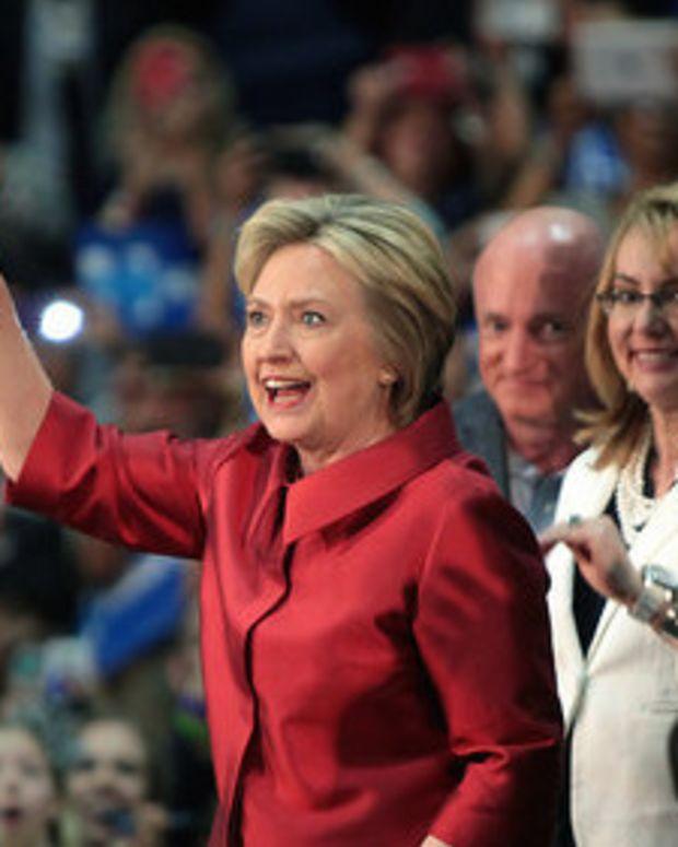 Poll Finds Rust Belt Voters Prefer Clinton Over Trump Promo Image