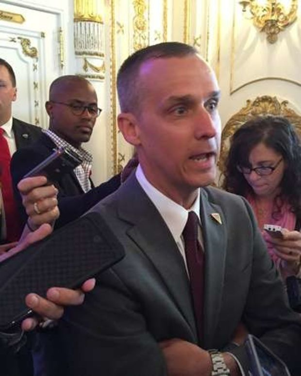 Trump Campaign Manager Will Avoid Prosecution: Report Promo Image