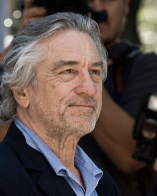 Robert De Niro Defends Screening Anti-Vaccine Movie Promo Image