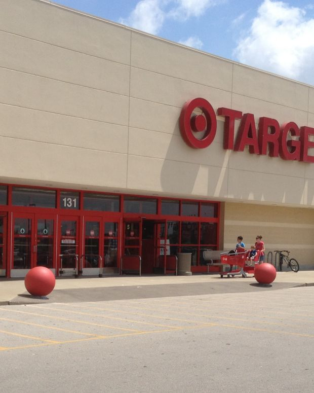 Man Uses Kitchen Knife To Kill Himself In Target Promo Image