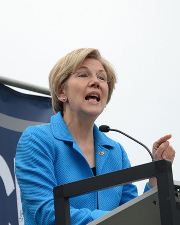 Wall Street Doesn't Want Clinton To Pick Warren As VP Promo Image