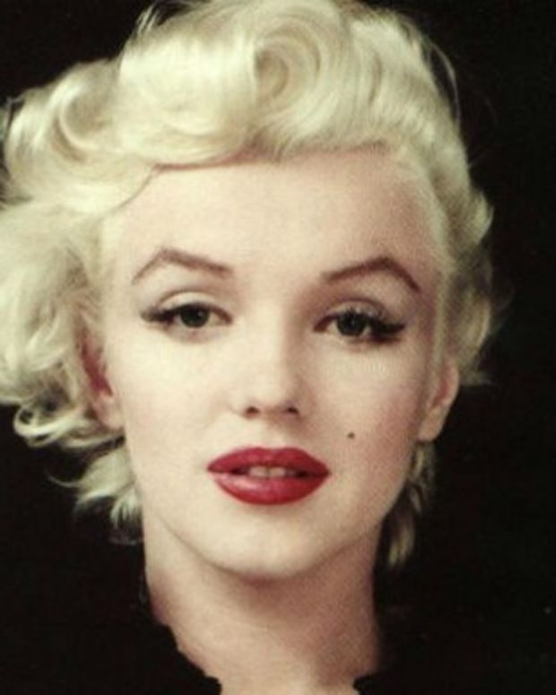 Marilyn Monroe's Note From The Psych Ward Revealed Promo Image