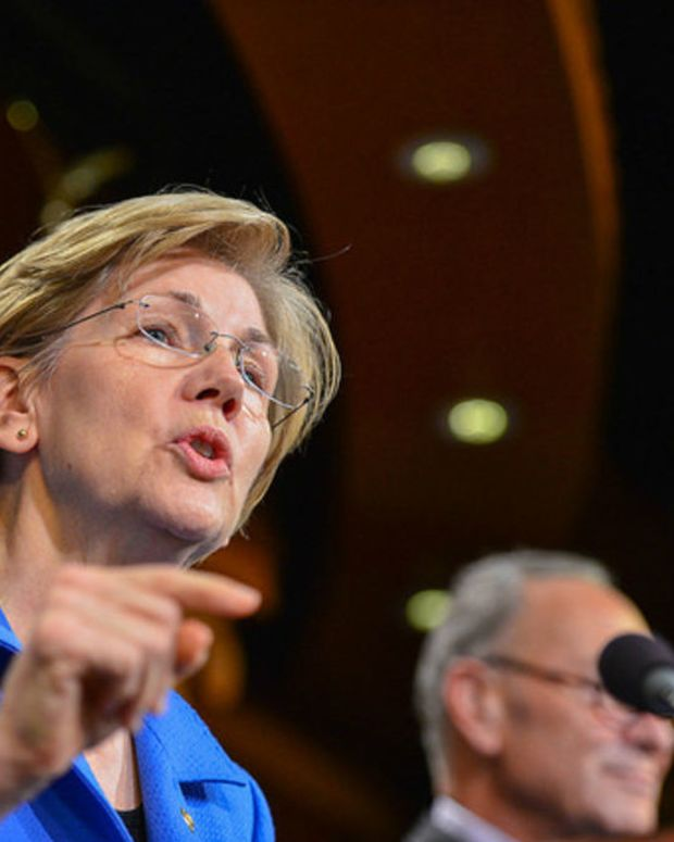 Elizabeth Warren Fuels Flames Of VP Talk (Video) Promo Image