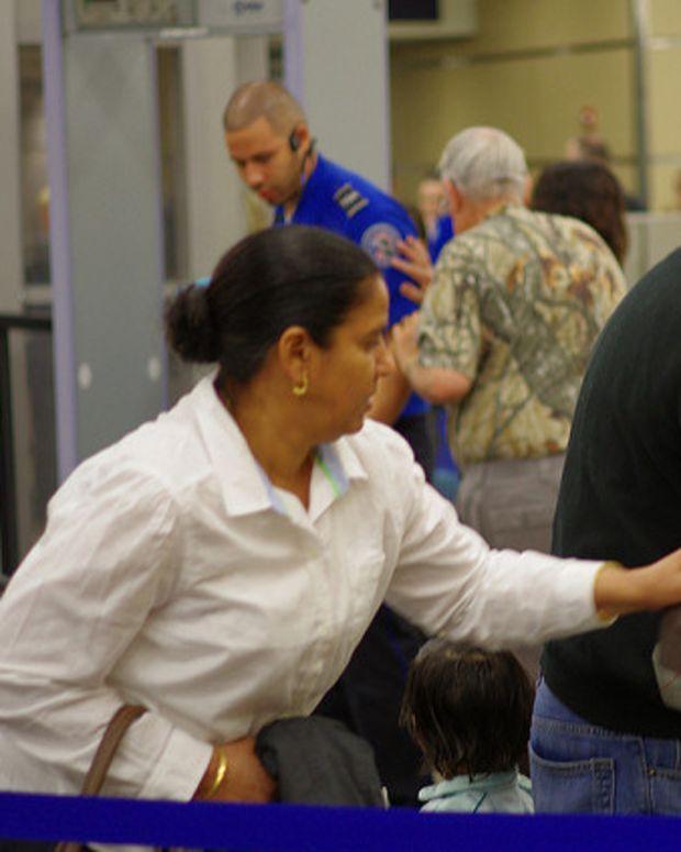 TSA Employees Bash Their Troubled Agency Promo Image