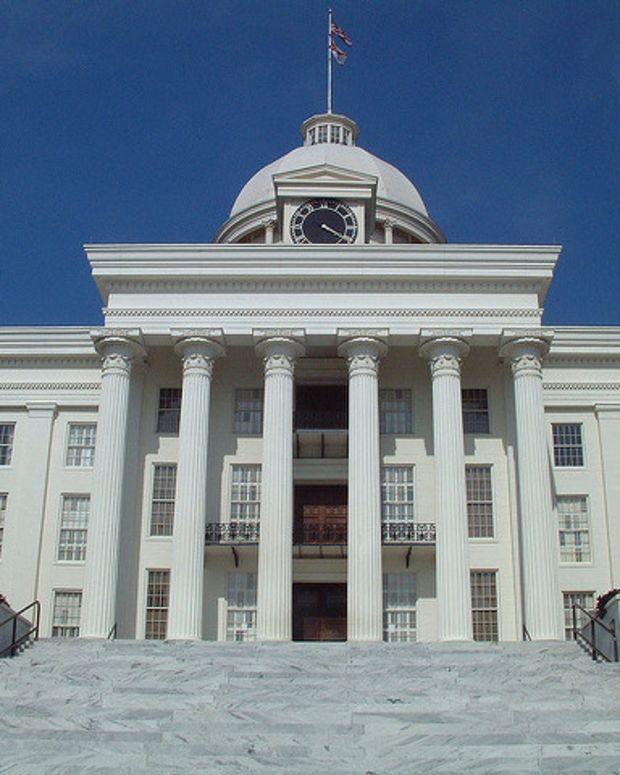 Alabama Senator Proposes New Food Stamp Restrictions Promo Image