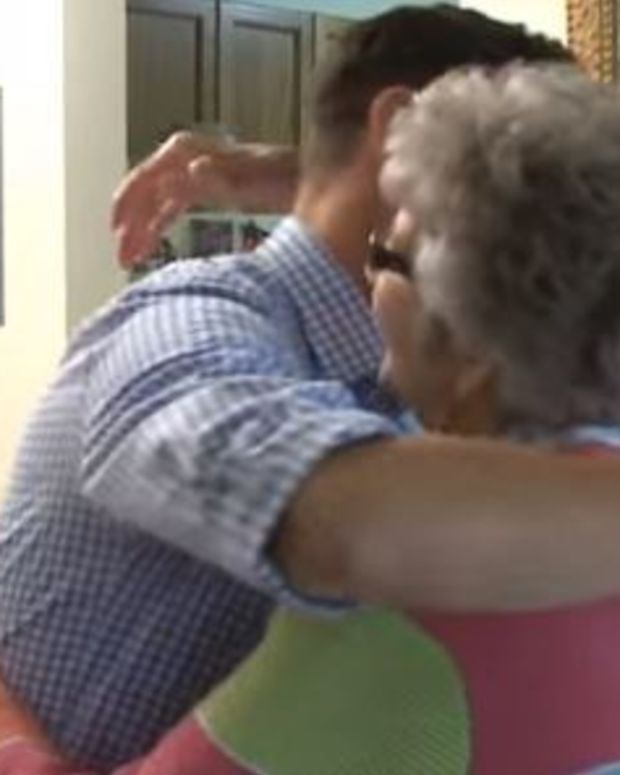Teacher Recognizes Student 30 Years Later (Video) Promo Image