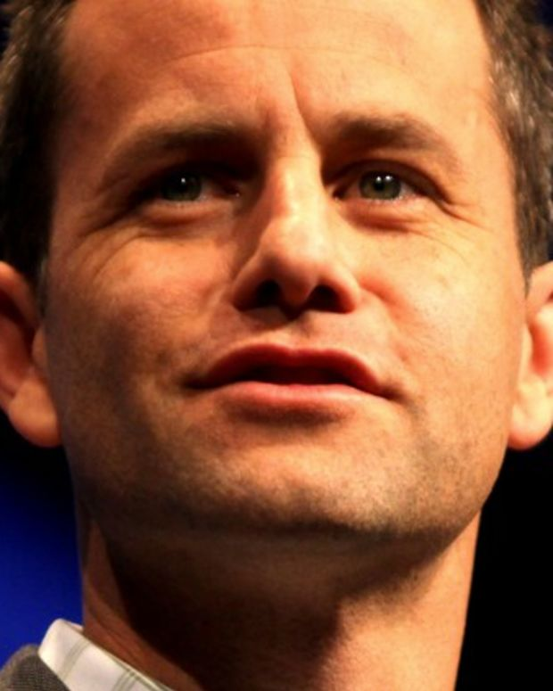 Kirk Cameron To Wives: Follow Your Husband's Lead  Promo Image