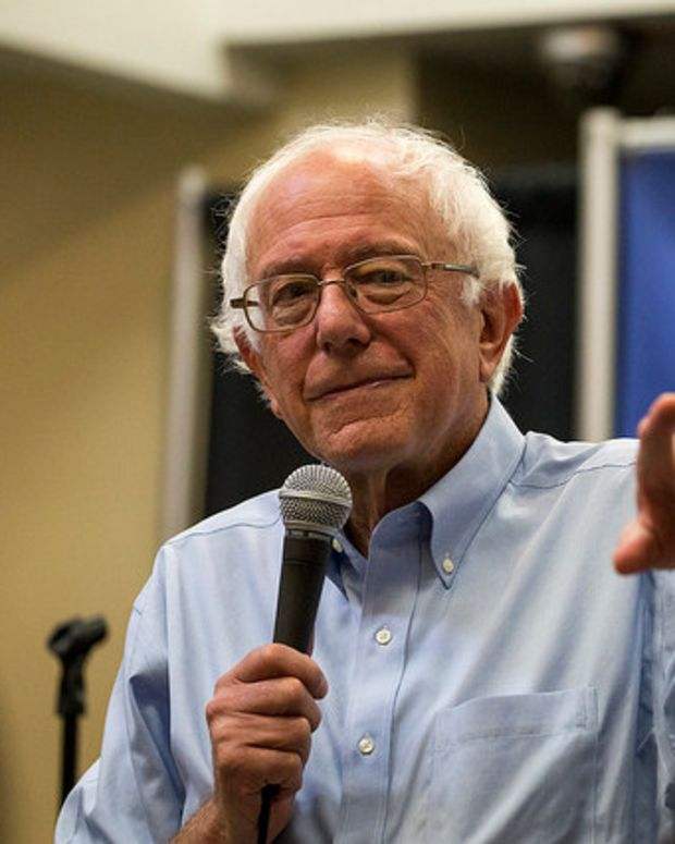 Sanders Will 'Certainly Support' Clinton If She Wins  Promo Image