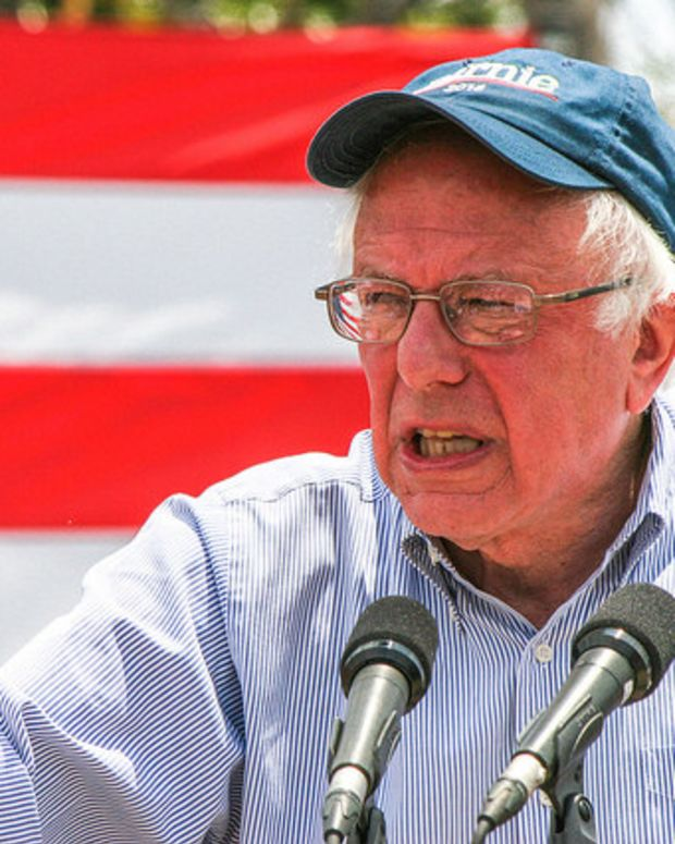 Sanders Announces He Will Vote For Clinton Promo Image