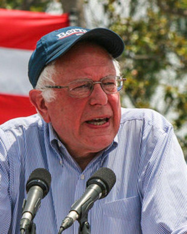 Sanders, Trump Informally Agree To Debate (Video) Promo Image